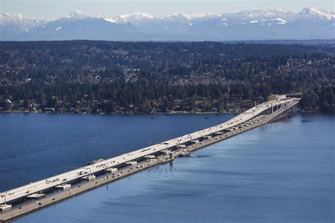 Seattle Bridge Mba Program by 520 Bridge Closed This Weekend To Switch Westbound Lanes