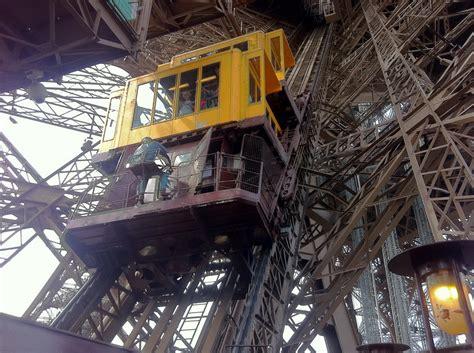 torre eiffel interno la torre eiffel a parigi biglietti salta fila tecnica