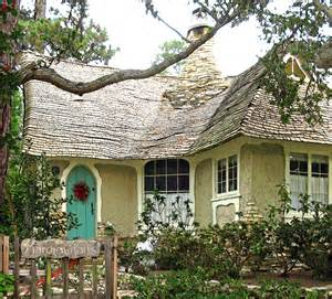 Hugh Comstock S Fairytale Cottages By The Sea Once Upon Sea Cottages