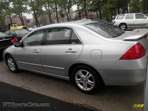 2006 honda accord se 2006 honda accord se sedan in alabaster silver metallic