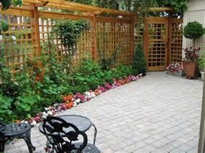 Gardening Lattice Trellis Garden