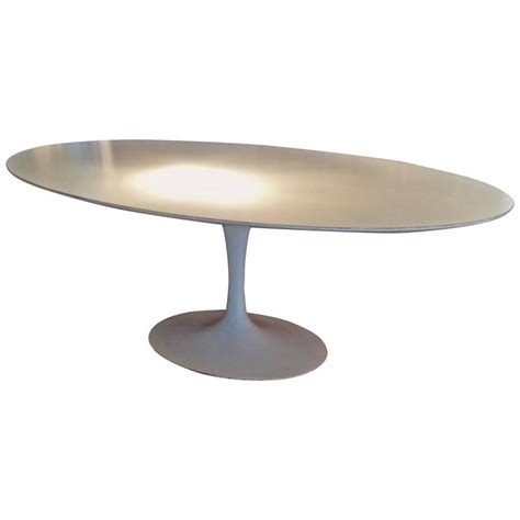 Vintage Saarinen Dining Table Vintage Knoll Oval Tulip Dining Table By Saarinen For Sale At 1stdibs