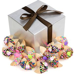 how to select the right birthday gifts birthday
