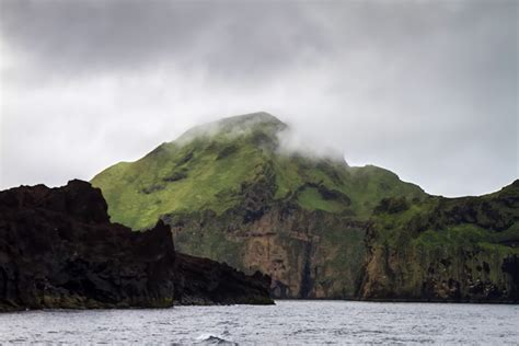 westman island boat tour a boat trip around heimaey iceland for 91 days