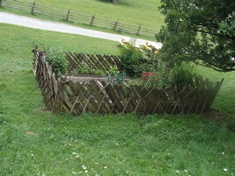 Keeping Deer Out Of Vegetable Garden Talentneeds Com How To Keep Deer Out Of Vegetable Garden