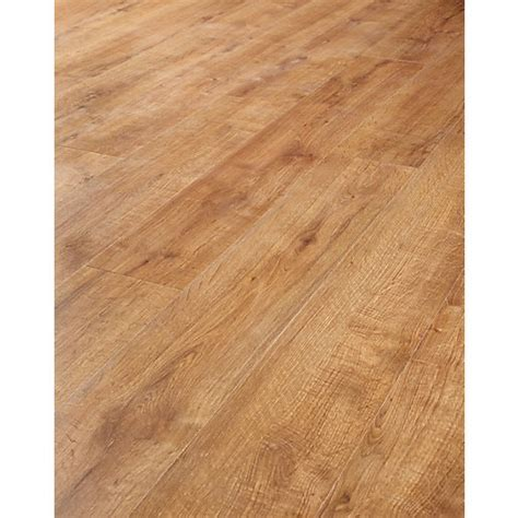 Wickes Salinas Oak Laminate Flooring   Wickes.co.uk