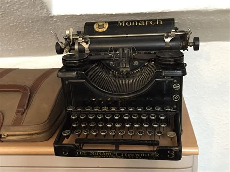 free photo typewriter old fashioned old free image on
