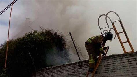 cobertizo contra incendio aparece el cuerpo de un hombre carbonizado al apagar el