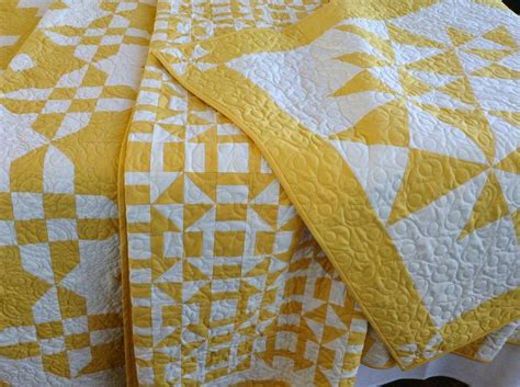 kayla hand guided yellow and white king quilt set for my 24 best yellow and white 2 color quilts images on