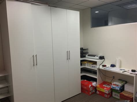 commercial office the closet stretchers