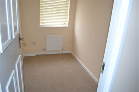 box room gallery tidy places decluttter move makeover cambridgeshire