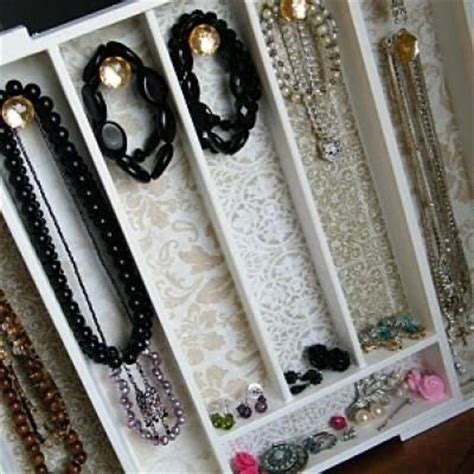 Diy Jewelry Drawer by Diy Jewelry Organizer Using A Cutlery Tray Knobs And Some Scrapbook Paper This Would Be