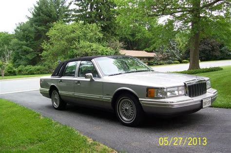 automotive service manuals 1992 lincoln town car head up display service manual 1992 lincoln town car ford ford motor company part xiii the ford crown