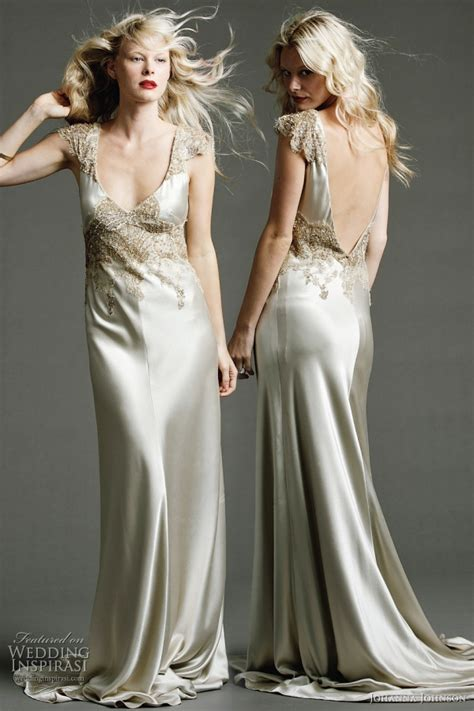 Silk Gown Wedding by 18 Sexiest Silk Evening Dresses For Weddings 2015
