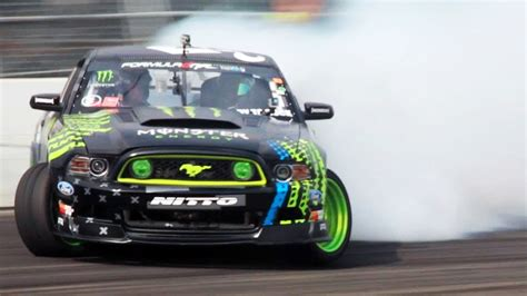 worlds fastest ford mustang the one with vaughn gittin jr the 2014 ford mustang