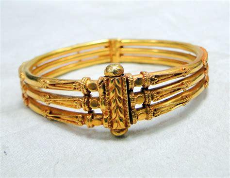 gold bangle bracelet 22 k gold vintage handmade jewelry