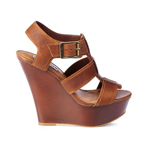 Sendal Wedges Pnc 1 lyst steve madden wanting platform wedge sandals in brown