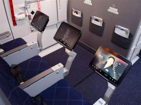 bulkhead seats in airplane photos american s new airbus a321 transcontinental