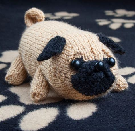 pug knitting pattern best 25 pug ideas on baby pugs pug