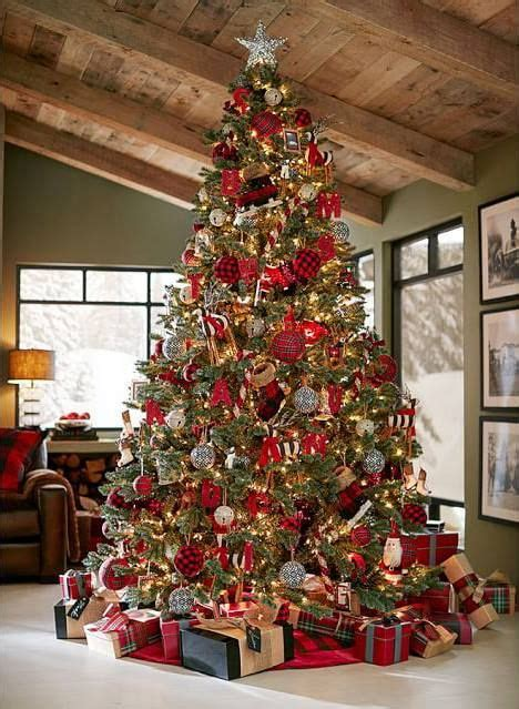 big christmas tree in small room ideas y tendencias en decoraci 243 n de navidad 2017 2018