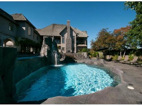 Chad Kroeger Cribs by Photos Rocker Chad Kroeger S Former Abbotsford Mansion Lists For 9m