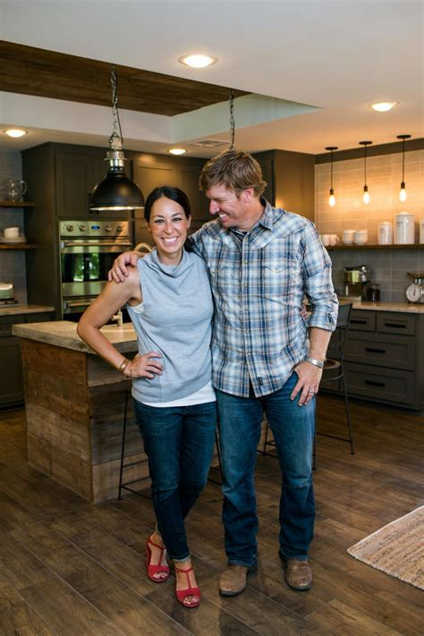most recent fixer upper a fixer upper for a most eligible bachelor hgtv s fixer