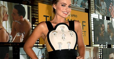emma stone wolf of wall street margot robbie talks wolf of wall street sex scenes with