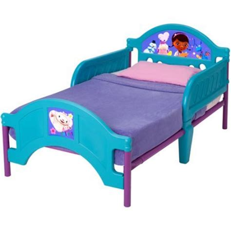 Doc Mcstuffins Toddler Bed Set Doc Mcstuffins Bedding For The Cool