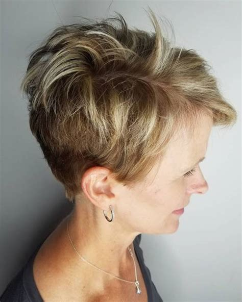 pictures of short hairstyles for grandmas 90 classy and simple short hairstyles for women over 50