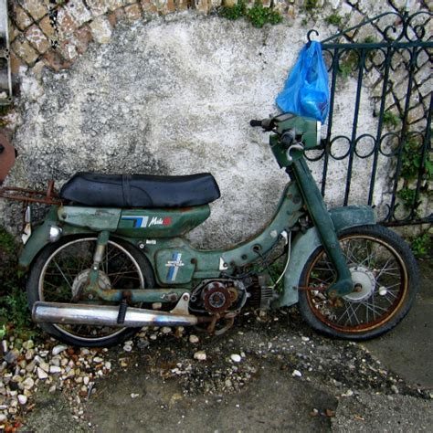 Motorrad Reifen Verliert Luft by Das Motorrad F 252 R Die Saison Vorbereiten