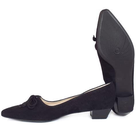 kaiser lizzy pointed toe low heel shoes in black suede