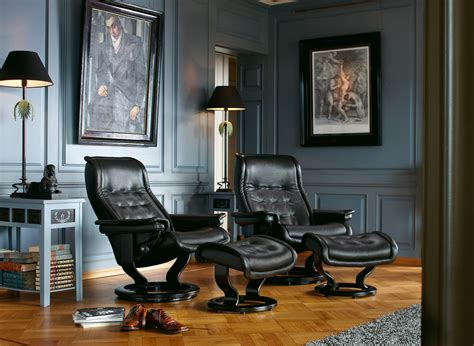 Leather Chairs Living Room by Living Room Leather Furniture