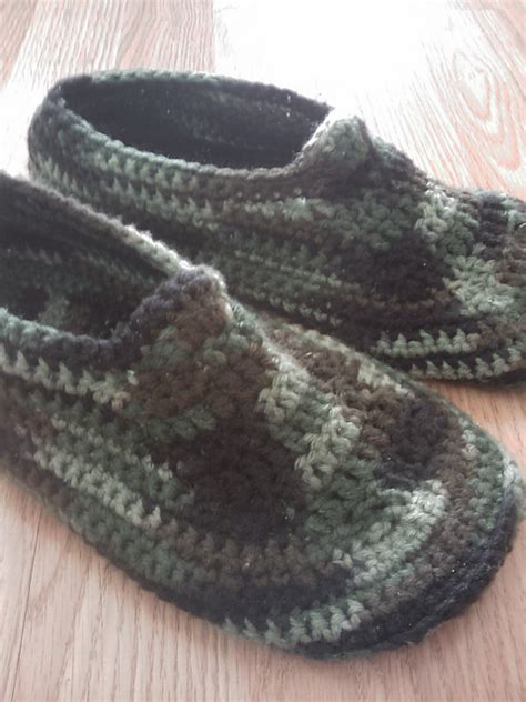 s crochet slippers free patterns crochet slippers for the whole family with 20 free patterns
