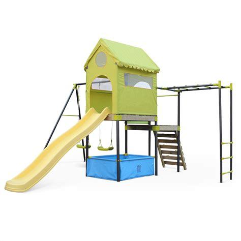 aire de jeux balancoire toboggan jeux de toboggan cabanes abri jardin