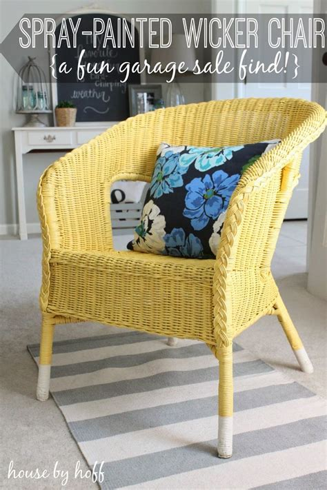 Painting Rattan Furniture by 25 Best Ideas About Spray Paint Wicker On