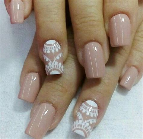 imagenes decoracion de uñas blancas m 225 s de 25 ideas fant 225 sticas sobre u 241 as francesas decoradas