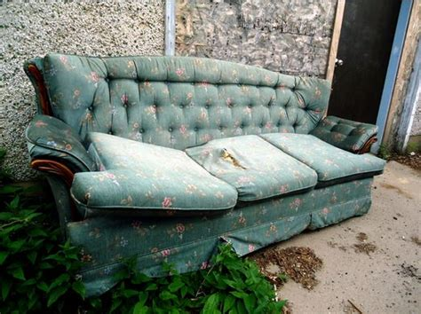dispose of old sofa recycle old sofa how to dispose old sofa recycled