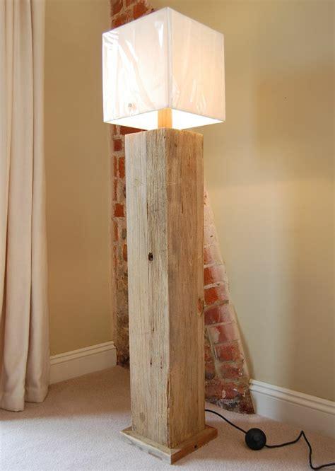 extravagante designs von stehlampe aus holz archzinenet