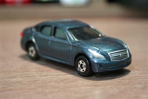 tomica nissan 1 64 die cast toy cars tomica nissan fuga
