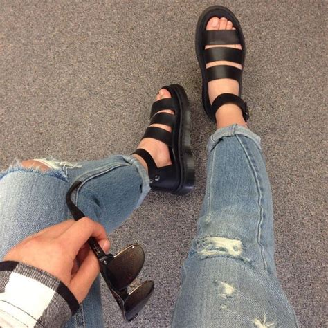 High Heels Fashion Dr Hijau just ordered these shoes i can t wait to get them clothies dr martens sandals