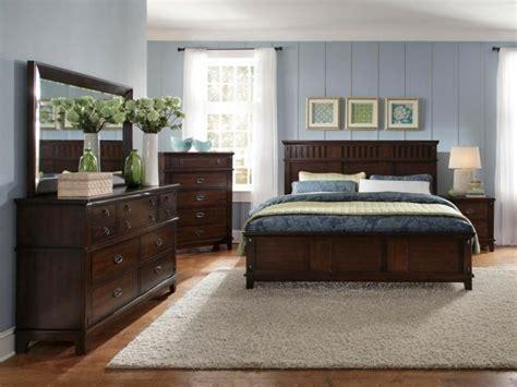 dunkle schlafzimmermöbel massivholzm 246 bel und das streben nach einem nat 252 rlichen wohnen