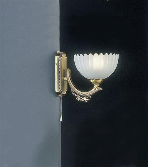 applique in vetro lade da parete e applique classiche in ottone