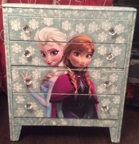 Frozen Dressers by 1000 Ideas About Frozen Bedding On Frozen