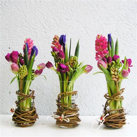 spring flower arrangements 23 ideas for spring vase arrangements pretty designs
