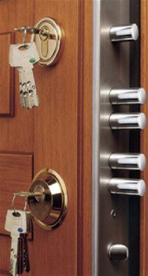 Locks For Front Doors 25 Best Ideas About Front Door Locks On Door Locks Entry Door Locks And Finger