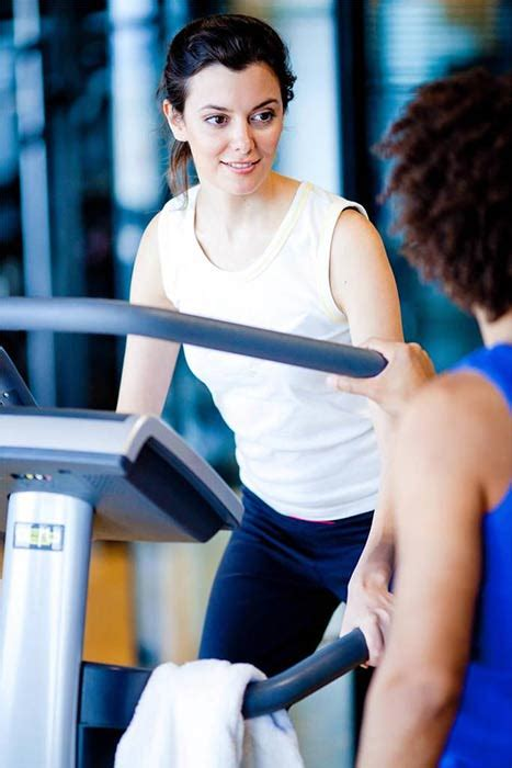 imágenes fitness woman treadmill tricks to burn more calories