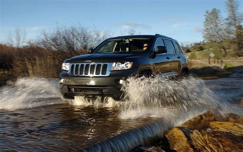 Water Jeep Grand Jeep Grand Pictures And Technical Car Specifications