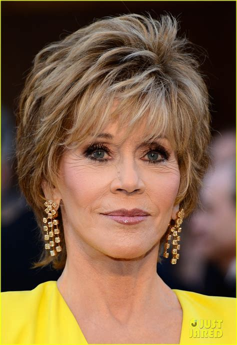 does jane fona wear wigs jane fonda oscars 2013 red carpet photo 2819139 2013