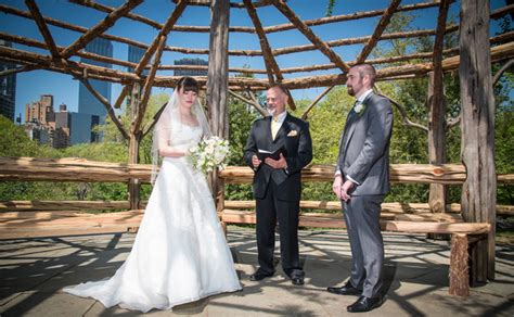 Wedding Officiant Nyc by Wedding Officiant Fees Our Wedding Officiant Nyc