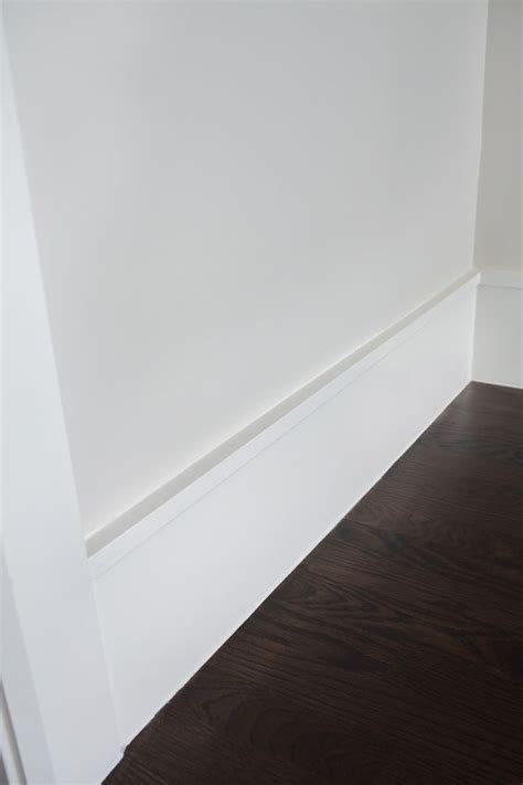Modern Baseboard Molding Ideas | clean modern baseboard idea built ins woodwork